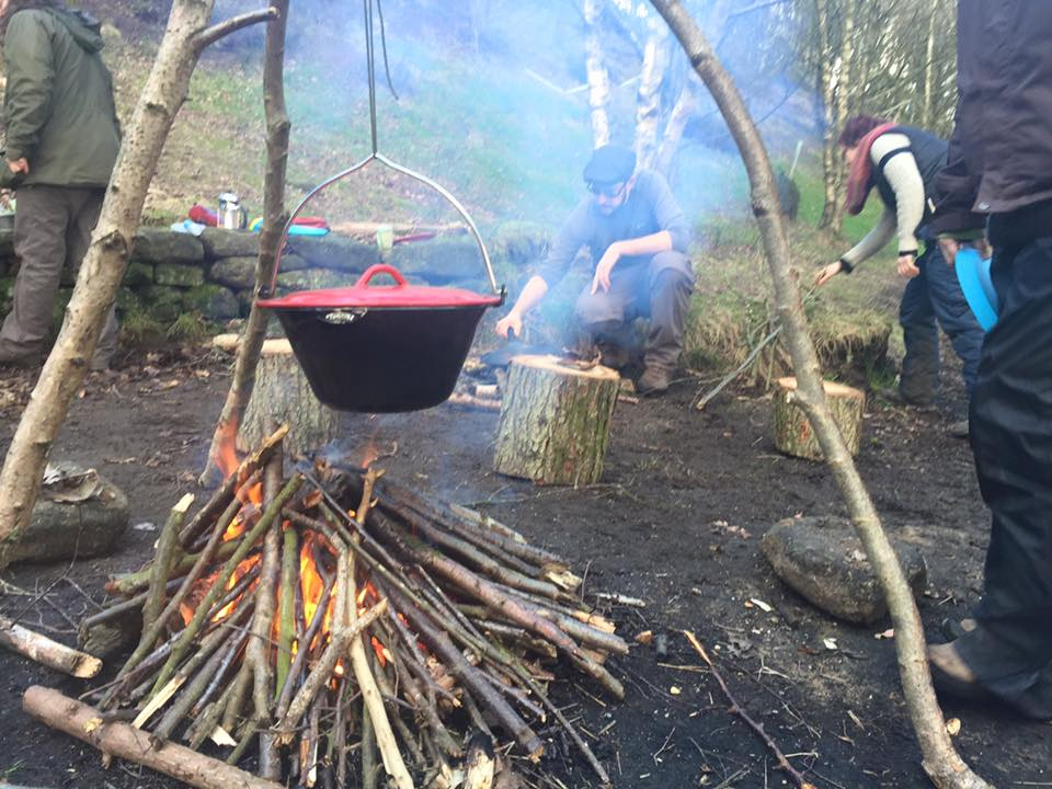 Nettle curry cooking